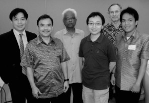From left to right: Dr. Ea Darith, H.E Pou Sothireak, Prof. Sahai, Chinese scholar, Dr. John Miksic
