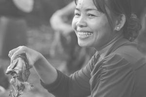 Smilling Khmer Women
